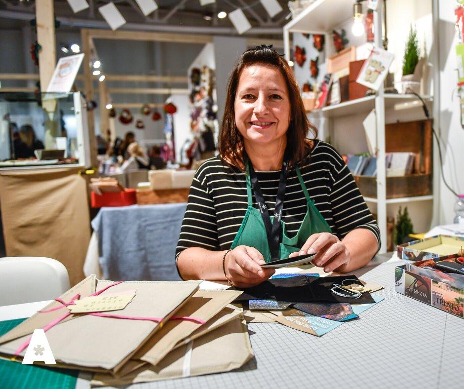 Chiara Cocco in Laboratorio Artistico | legatoria